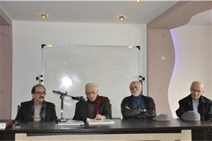 پروفسور جهانگیر درویش مهمان ویژه نشست علمی «یک روز با معماری» واحد دامغان