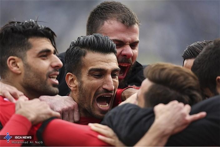 دیدار تیمهای فوتبال استقلال و پرسپولیس -1