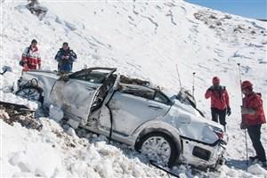 12 استان کشور تحت تاثیر برف و کولاک/ 1008 دستگاه خودرو در برف رهاسازی شدند