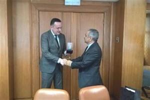 ایران و صربستان بر توسعه همکاری های معدن و انرژی تاکید کردند