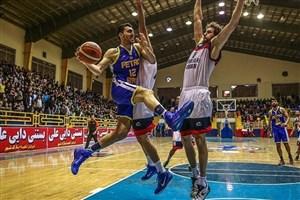 جدال حساس دو تیم بسکتبال  پتروشیمی بندر امام با دانشگاه آزاد اسلامی