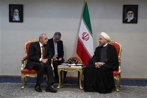 رئیس جمهوری:  ایران و لبنان میتوانند در حل و فصل مسایل منطقهای تأثیرگذار باشند