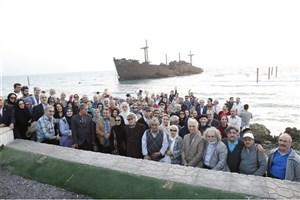بیش از 240 هنرمند  پیشکسوت در کیش حضور یافتند