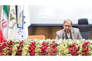 زبان فارسی  توانسته فرهنگ و تمدن ایران را به جهانیان معرفی کند