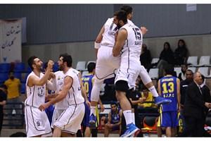 پیروزی قاطع تیم بسکتبال دانشگاه آزاد اسلامی و پتروشیمی برابر حریفان