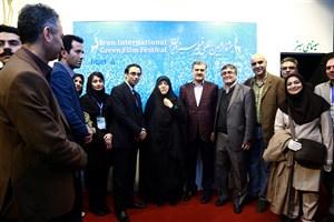 معصومه ابتکار از غرفه جشنواره فیلم سبز بازدید کرد