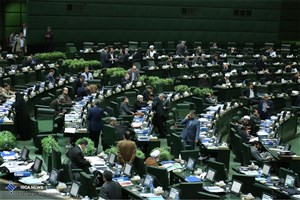 رنجبرزاده قرائت کرد:  تذکرات کتبی نمایندگان به مسئولان اجرایی کشور