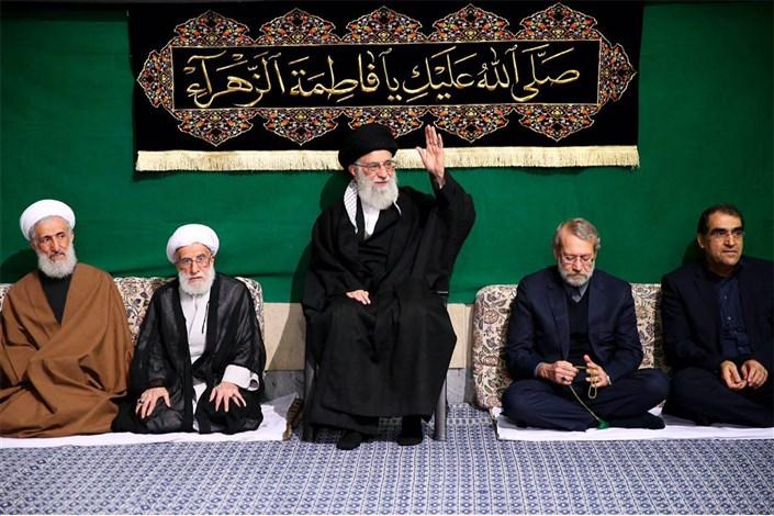 اولین شب مراسم عزاداری حضرت فاطمه زهرا (سلاماللهعلیها) در حسینیه امام خمینی