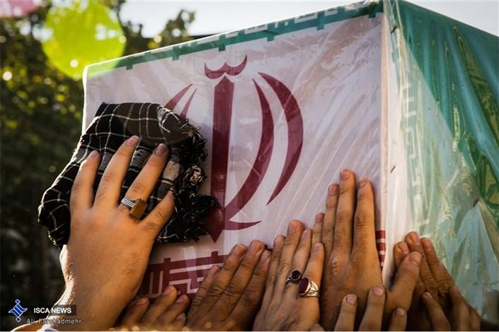 تشییع پیکر دو شهید گمنام در رشت