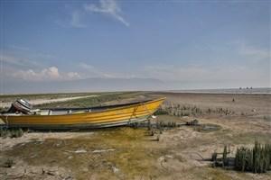 نامساعد بودن شرایط آب و هوایی برای شنا درسواحل خزر از فرح آباد ساری تا بندر ترکمن