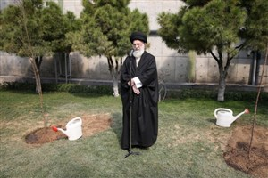 رهبر انقلاب اسلامی: جنگلها و منابع باید از دستاندازی سوداگران حفظ شود