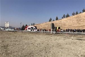 واژگونی اتوبوس شرکت واحد در اتوبان شهید بابایی/ مصدومیت 28 تن