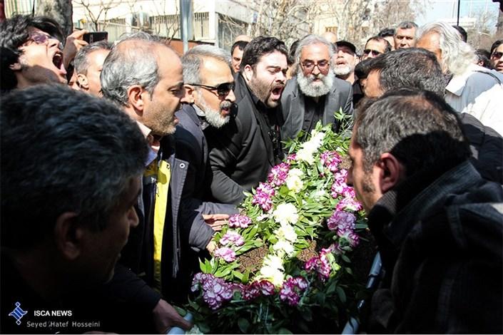 مراسم تشییع پیکر زنده یاد علی معلم