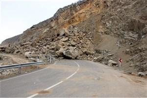 فوت دختر پنج ساله در ریزش کوه در جاده ونایی لرستان