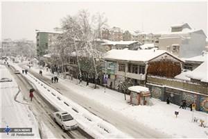 تداوم بارش برف و باران  در اکثر جاده ها/ محورهای 15 استان  مسدود است