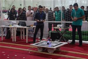 سرپرست لیگ های ربات پرنده: ربات پرنده آتشنشان در اطفاء حریق و امدادرسانی به مصدومان جایگزین مناسب نیروی انسانی است