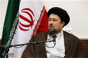 سیدحسن خمینی: از دیدگاه های امام راحل باید در حل مشکلات کشور تفسیری دهیم