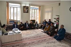 دیدار رئیس و جمعی از مسئولین دانشگاه آزاد اسلامی نیشابور با امام جمعه شهرستان