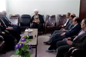 دیدار نوروزی هیئت رئیسه واحد تویسرکان با امام جمعه شهرستان