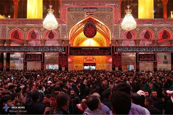 عزاداری زائران در شب اربعین حسینی