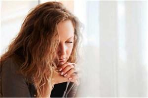 دختران انگلیسی بیش از پسران احساس تنهایی میکنند