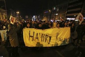 ادامه اعتراضات به نتایج رفراندوم قانون اساسی ترکیه