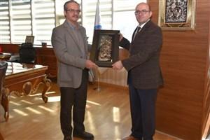 اجرای اولین طرح تحقیقاتی مشترک بین المللی بین دانشگاه آزاد اسلامی واحد گرمسار ودانشگاه مهمت آکف ارسوی ترکیه