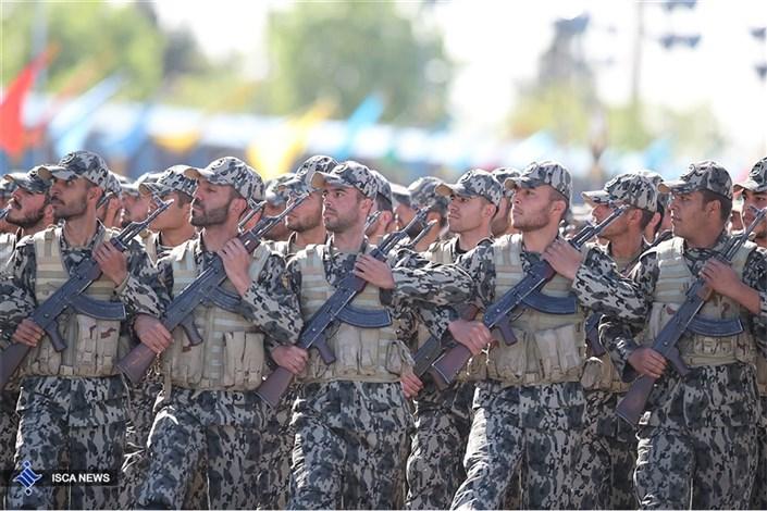 گرامیداشت روز ارتش جمهوری اسلامی ایران