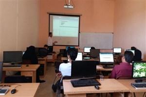 اولین جلسه کارگاه آموزشی نرم افزار متلب در دانشگاه آزاد سیرجان برگزار شد