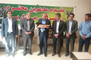 فرماندار پاسارگاد: دانشگاه آزاد اسلامی سهم بسزایی در آموزش کشور دارد