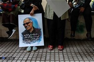 کیارستمی  به دلیل آمبولی ریه در بیمارستان فرانسه بستری شد/ آمبولی ریه این فیلمساز در ایران رد شده است