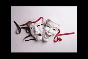 سه اثر یک هنرمند گواهی ثبت آثار ادبی و هنری گرفتند