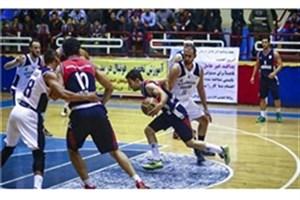 جدال تیم بسکتبال  دانشگاه آزاد اسلامی و نفت آبادان به بازی چهارم کشید