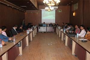 برگزاری جلسه هم اندیشی شورای کانون ها ، تشکل ها و مدیران مسئول نشریات دانشجویی در واحد مرودشت