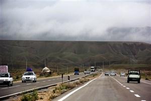 بارش باران در شمال غرب کشور/ترافیک سنگین در آزاد راه قزوین کرج