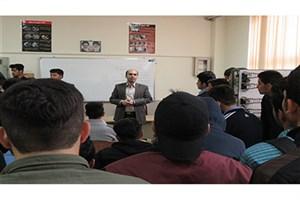 برگزاری مراسم هفته مشاغل با حضور دانش آموزان مدارس سیاهکل در سما