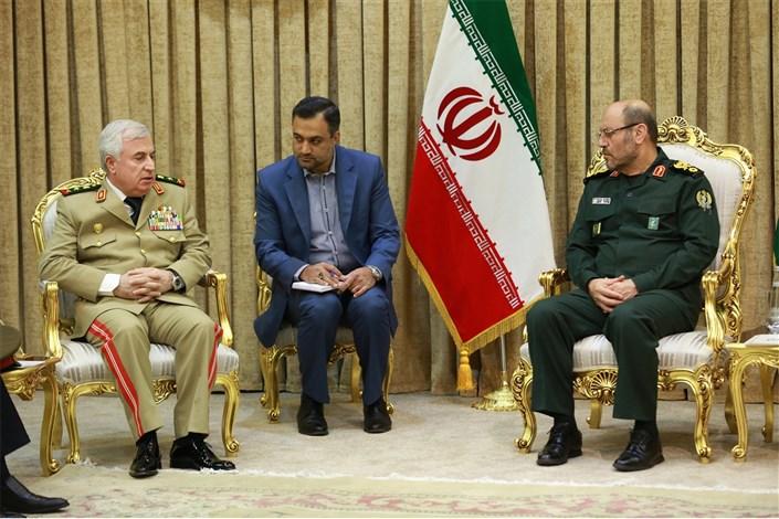 دیدار رئیس ستاد کل ارتش سوریه با وزیر دفاع جمهوری اسلامی ایران