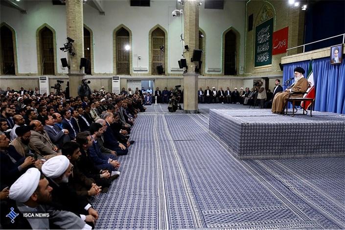 دیدار معلمان و فرهنگیان با مقام معظم رهبری