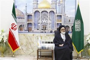 خطیب جمعه قم: ملت ایران فریب انقلابی نماهای شیفته قدرت را نمیخورد