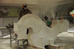هنرمندان مجسمه سازی خارجی از سمپوزیون مجسمهسازی میگویند