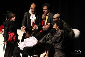 «ولپن» تا 5 خرداد در تماشاخانه «پالیز» روی صحنه است