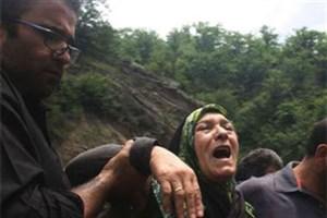 سید محمد عزادار شد/مرگ 4 زن  در سیل لردگان  هنگام برداشتن آب از چشمه/ هنوز پیکر ٢نفر از قربانیها پیدا نشده