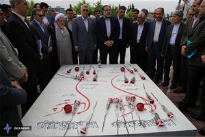 ادای احترام سرپرست دانشگاه آزاد اسلامی به مقام شهدا/ بازدید از فضاهای آموزشی و آزمایشگاه های واحد ساری