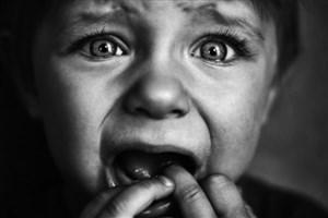 منشاء ترس های کودکان اکثرا روانی است/والدین نقش روانشناس را ایفا نکنند!