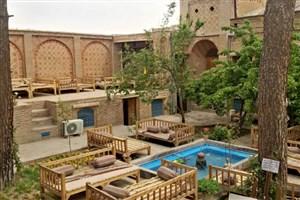 تاثیر بناهای تاریخی در جذب توریست/ مسافران  اقامت درخانه های تاریخی را به هتل ترجیح می دهند
