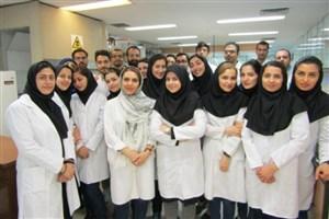 بازدید دانشجویان دانشگاه آزاد اسلامی علوم دارویی از شرکت داروسازی کوثر