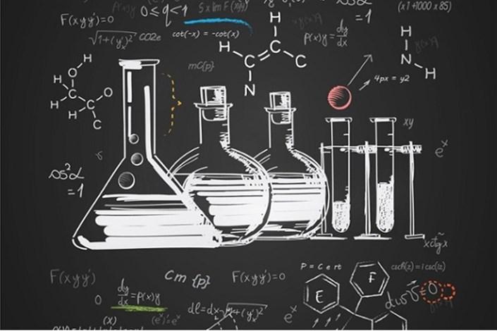 معرفی محصولات شیمی در ششمین جشنواره مخترعان دانشگاه آزاد اسلامی/ شیمی در زندگی روزمره چه کاربردی دارد؟