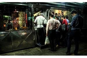 افزایش تمایل روزه داران تهرانی برای سرو سحری در رستورانها