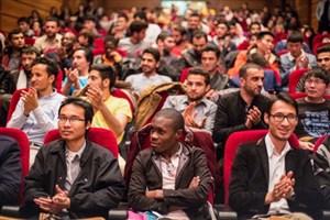 حمایت ویژه از جذب دانشجوی خارجی/ کاهش پذیرش ایرانی ها در پردیس