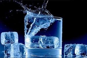 بیماری تلخی که با نوشیدن آب یخ حین غذا به سراغتان میآید!
